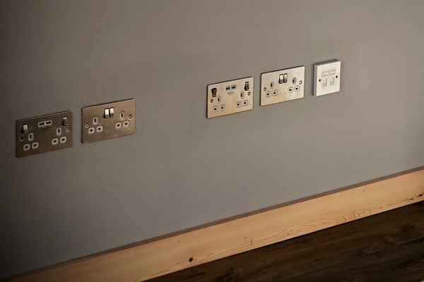 Plugs with USB ports
